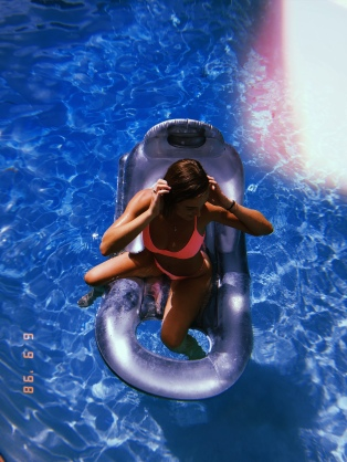 Bikini: Blackbough Swim